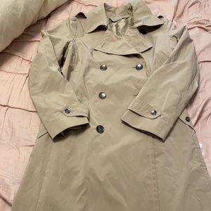 Gorgeous MaxMara trench coat